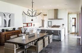 luminaire de cuisine ambiance cosy par le luminaire led dans une cuisine moderne design