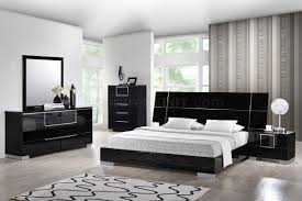 Modern Platform Bedroom Sets Hailey Bedroom In Black By Global W Platform Bed U0026 Options