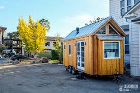 tumbleweed tiny homes vina u0027s tiny house u0026 tiny documentary tiny house giant journey