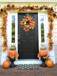 70 cute and cozy fall and halloween porch décor ideas shelterness