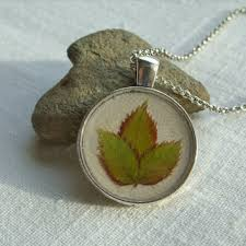 real leaf necklace images Real flower necklace creeping buttercup from snippetsofnature jpg