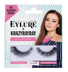 How To Curl Your Eyelashes Krazyrayay Shows How To Apply False Lashes