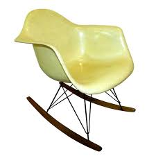 Discounted Mid Century Modern Furniture by Guide How To Buy Mid Century Modern Furniture