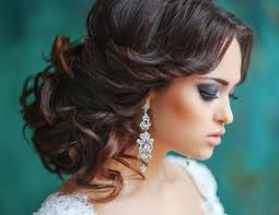 hair styles for women special occasion 5 inspirational medium curly hairstyles for every day special