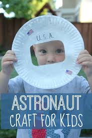 toddler approved astronaut photo craft for kids