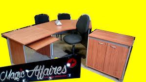 bureau direction occasion lot grand bureau angle ou indépendant meuble 2 chaises visiteur
