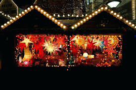 Decorated Christmas Homes Christmas Garage Door Decorating Ideas Magnetic Holiday