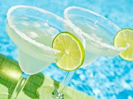 classic summer cocktails summer cocktails reader s digest