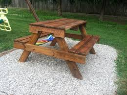 Plans Building Wooden Picnic Tables by Diy Kids Picnic Table From Pallet Wood Diy At Needles And Nails