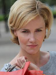 short hairstyles for women over 50 with straight short