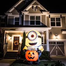 shop gemmy 8 ft x 5 ft lighted minion halloween inflatable at