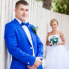 wedding groom 17 thoughts the groom has during wedding planning hitched co uk