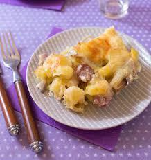 cuisiner saucisse de toulouse gratin de pommes de terre aux saucisses de toulouse chignons et