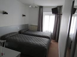 chambre hote nevers hôtel de clèves hôtel de charme à nevers nièvre chambre lits jumaux