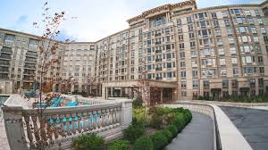 3 Bedroom Apartments For Rent In New Jersey The Alexander Distinctive Luxury Rentals In Edgewater Nj