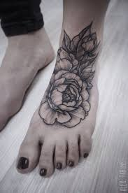 peonies tattoo don u0027t like the placement but the tattoo is gorgeous