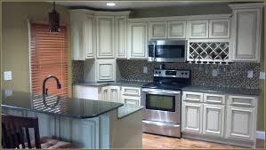 Beige Kitchen Cabinets by Best 25 Beige Kitchen Cabinets Ideas On Pinterest Beige Kitchen
