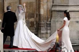 wedding dress maker meets duchess catherine s wedding dress maker