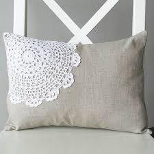 cucire un cuscino alcune idee per personalizzare cuscini in stile shabby chic