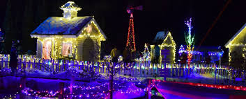 boothbay festival of lights here are the best ways to view boothbay harbor christmas lights