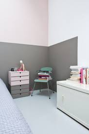 22 clever color blocking paint ideas to make your walls pop view in gallery walls painted halfway with gorgeous gray