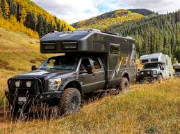ford earthroamer xv hd earthroamer xv lts expedition vehicle imboldn
