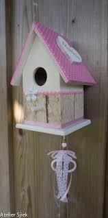 birdhouse home decor 30 best vogelhuisjes images on pinterest bird houses birdhouse