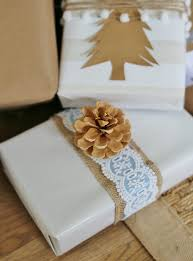 creative christmas gift wrapping ideas sand and sisal
