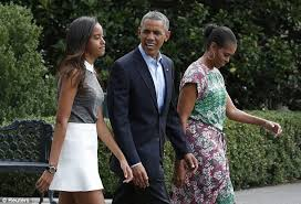does michelle obama wear hair pieces michelle obama s stylist reveals first lady s hair is 100