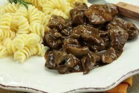 cuisiner du marcassin civet de marcassin recette civet de marcassin aftouch cuisine