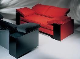 eileen gray sofa eileen gray lota zweisitzer sofa in rot und schwarz