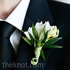 groomsmen boutonnieres white groomsmen boutonnieres