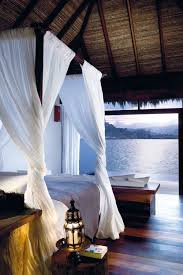 How To Have A Tropical IslandThemed Bedroom At Home - Bedroom island