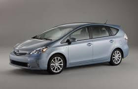 toyota prius v safety rating toyota camry prius v slapped with poor safety rating by iihs