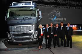 new volvo truck range motoring malaysia trucks volvo trucks unveils the fh series of