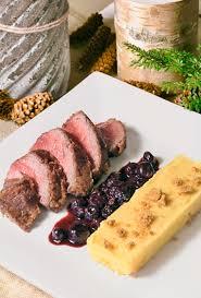 cuisiner la biche on dine chez nanou pavés de biche croustillants aux spéculoos sauce