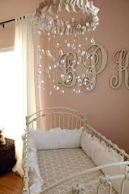 plafonnier chambre bébé fille lustre chambre bebe garcon tour de lit bebe fille de style baroque