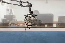 chambre d enregistrement microphone dans la chambre d enregistrement métal mic photo stock