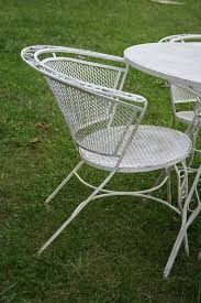Salterini Patio Furniture Salterini Patio Set 1950s Estate Find Round Table 4 Chairs Iron