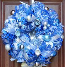 how to make a mesh wreath deco mesh wreath tutorial with pictures