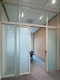 les aménagements portes pour cloisons de bureau espace cloisons