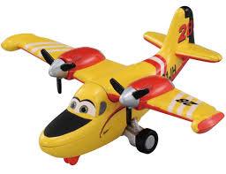 amazon takara tomy tomica disney planes fire u0026 rescue 17