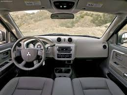 mitsubishi interior mitsubishi raider xls v8 2006 picture 9 of 15