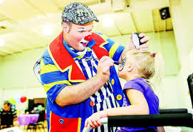 halloween city teays valley wv man takes his job as a professional clown seriously putnam news