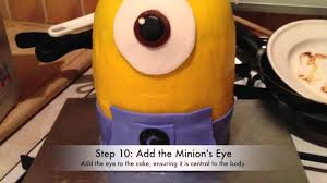 How To Make A Despicable Me Minion Cake Youtube