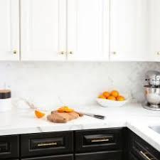 Photos HGTV - Backsplash for white cabinets
