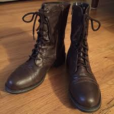 kohl s womens boots size 11 66 kohl s shoes so s mid calf lace up boots size 9 5