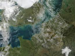 English Channel Map Nasa Visible Earth Airplane Condensation Trails Contrails