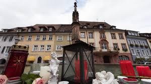 Blumen Baden Baden Vergewaltigt Und Ermordet Carolin 27 Wurde Opfer Eines