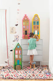 How To Make Dollhouse Furniture From Recycled Materials Cardboard Brownstone Dollhouses From Playful Mer Mag Comme Des